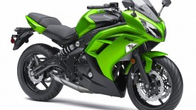 Kawasaki Ninja In Green Color Wallpaper