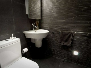 Black Modern Small Bathroom Remodel Design Ideas