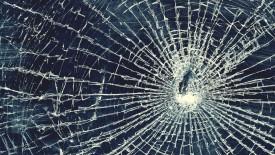 Broken Glass Iphone Panoramic Wallpaper