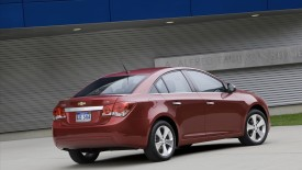 Chevrolet Cruze Rear Angle Wide Desktop