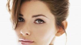 Shania Twain Brunette Beautiful Face Desktop