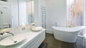 Stunning White Bathroom Remodel Design Idea