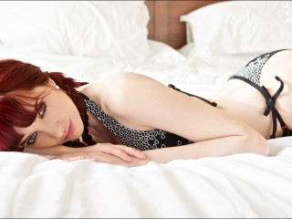 Women Susan Coffey Redheads Bedroom Desktop